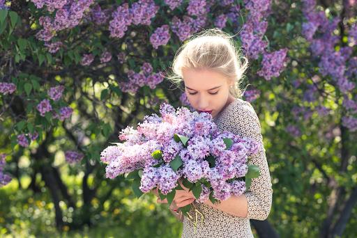 ไอเดียถ่ายรูปกับดอกไม้